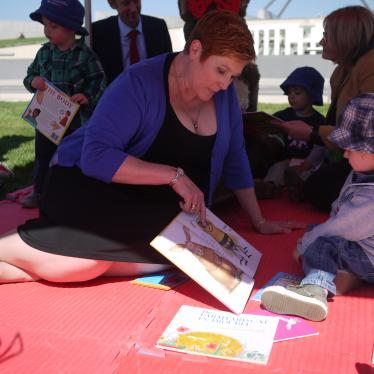 Marise reads to children after launching Parliamentary Friendship Group for Early Literacy, supported by Paint the Town Read