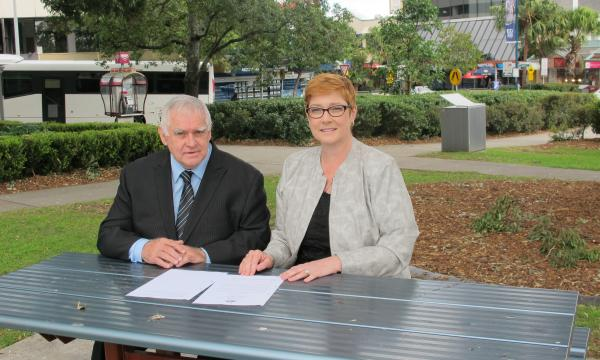 Senator Payne visits Campbelltown CBD to welcome Coalition's CCTV funding