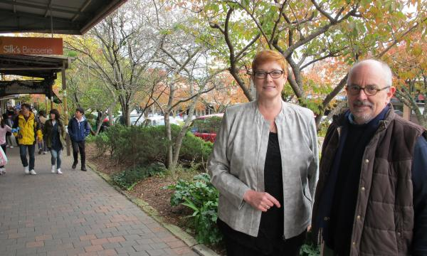 Senator Payne visits Leura Mall to welcome Coalition's CCTV funding